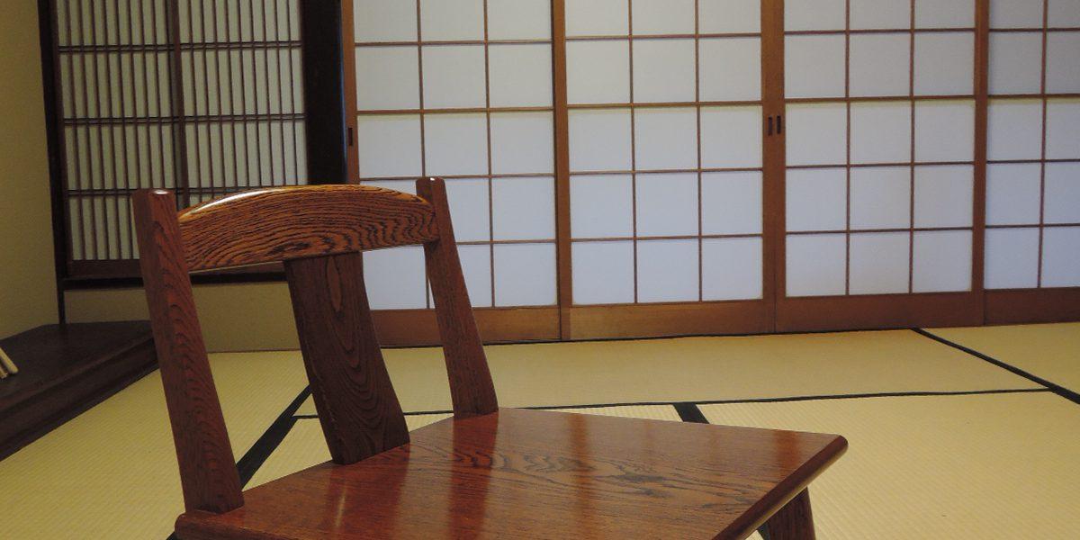 3_eye_mokushitsu_kagu_isu